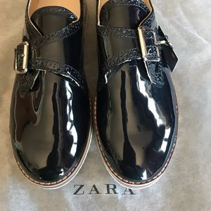 Zara platform oxford patent shoes. Brand new.